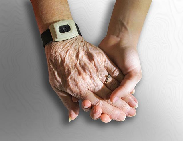 Travailler pendant la retraite : comment ça marche ? Cas des anciens salariés du secteur privé